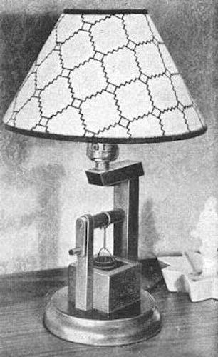 Free plans to build an Oak Bucket Lamp.