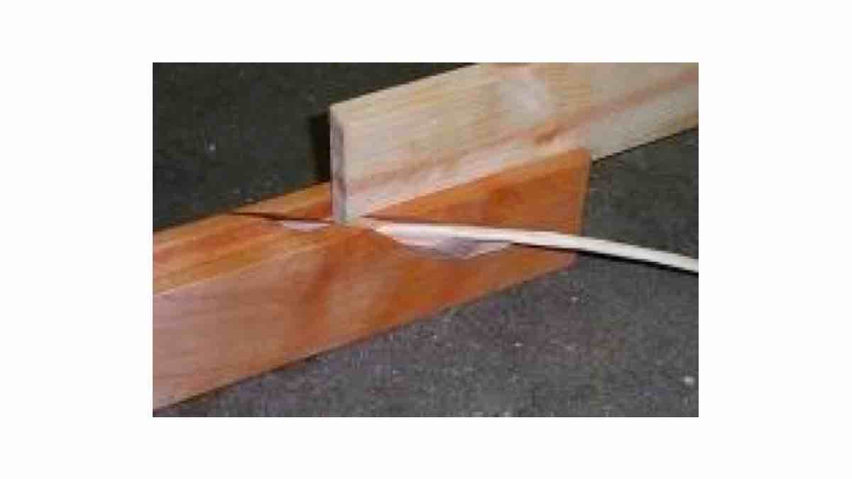 Free project Benchtop Spill Plane PDF plans.