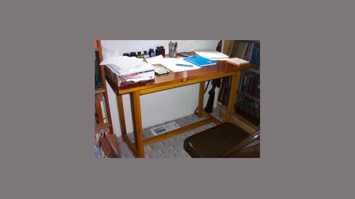 free woodworking plans, projects, furniture, desk, wooden
