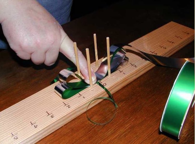 Free plans to build a Bow Maker.