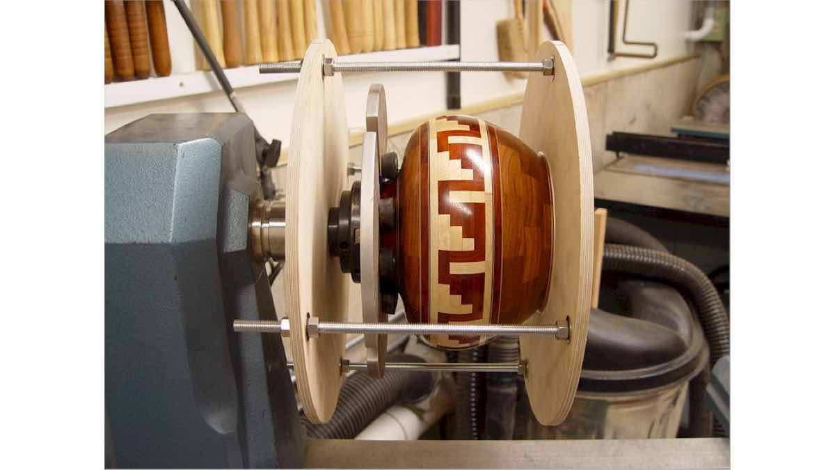 lathe jigs, woodturning,free woodworking plans,workshop projects