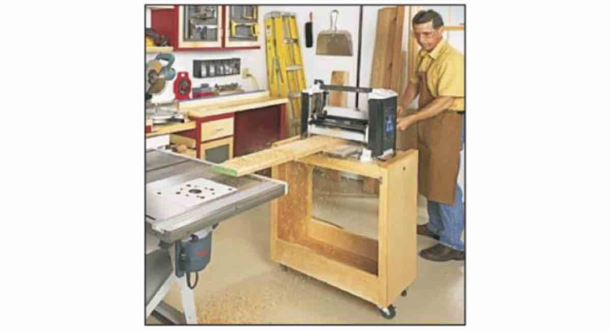 How to Build a Planer Stand with this Free Woodworking PDF.