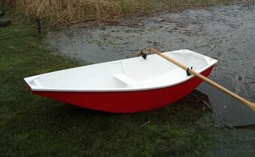 Micro Auray Punt Boat