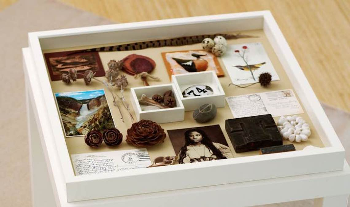 Free plans to build a Memory Tabletop Box.