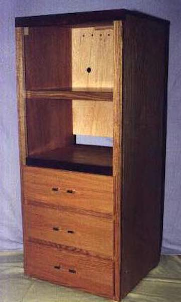 Free plans to build a Stereo Cabinet.