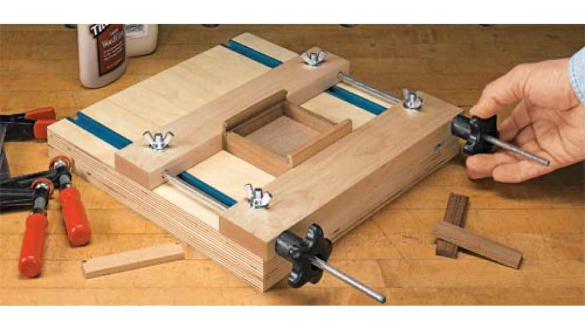 workshop jigs, clamps, small pieces, wooden clamps, clamping, free woodworking plans