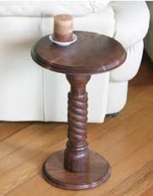 Free plans to build a Pedestal Table on the lathe.