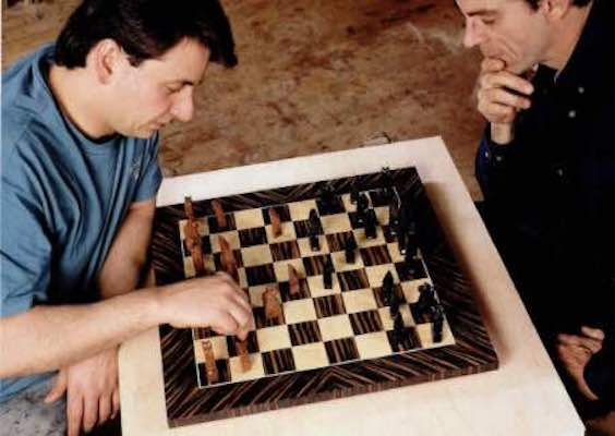 Free plans to build a Chess Board Game.