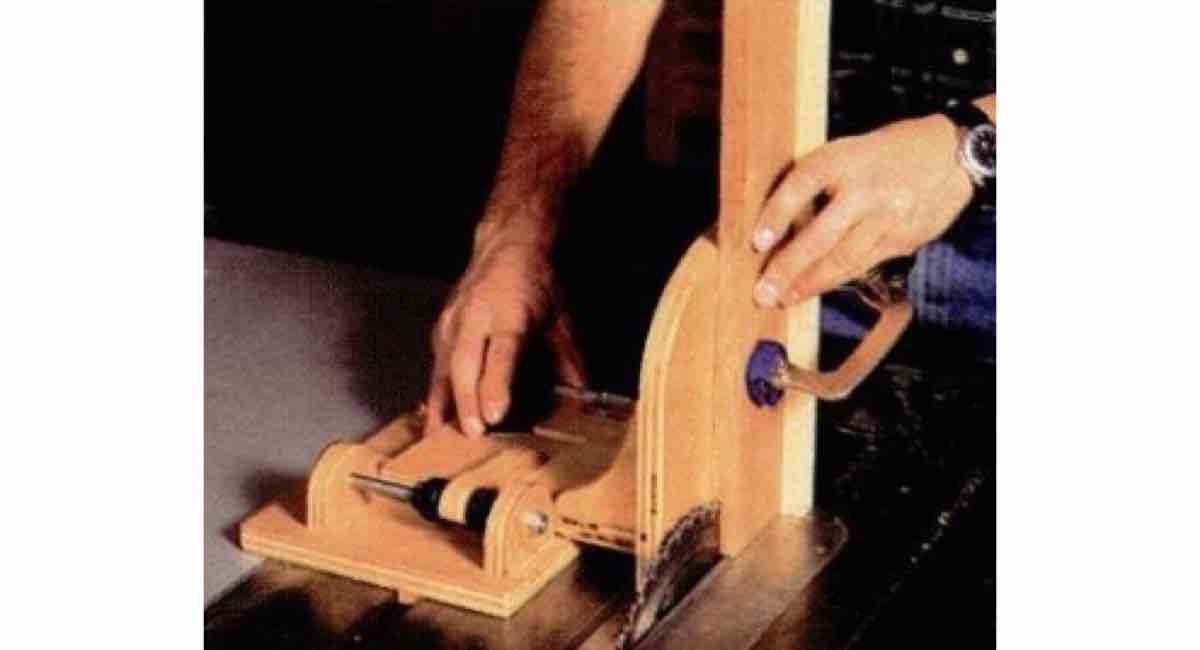 How to build a Hands-Free Tenoning Jig