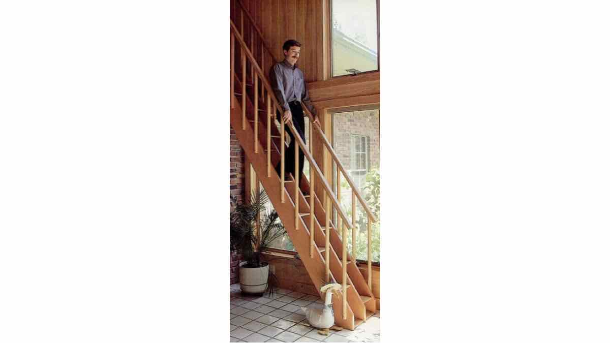 stairs,staircases,compact,space saving,wooden,steps,free woodworking plans,projects,patterns