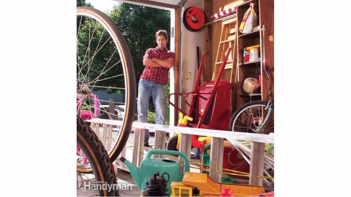 garage storage,ideas,solutions,DIY instructions,do it yourself,free woodworking plans,woodworkers projects,plans for how to build,DIY tools,diy networks,home remodeling,home diy,diy ideas,diy plans,diy