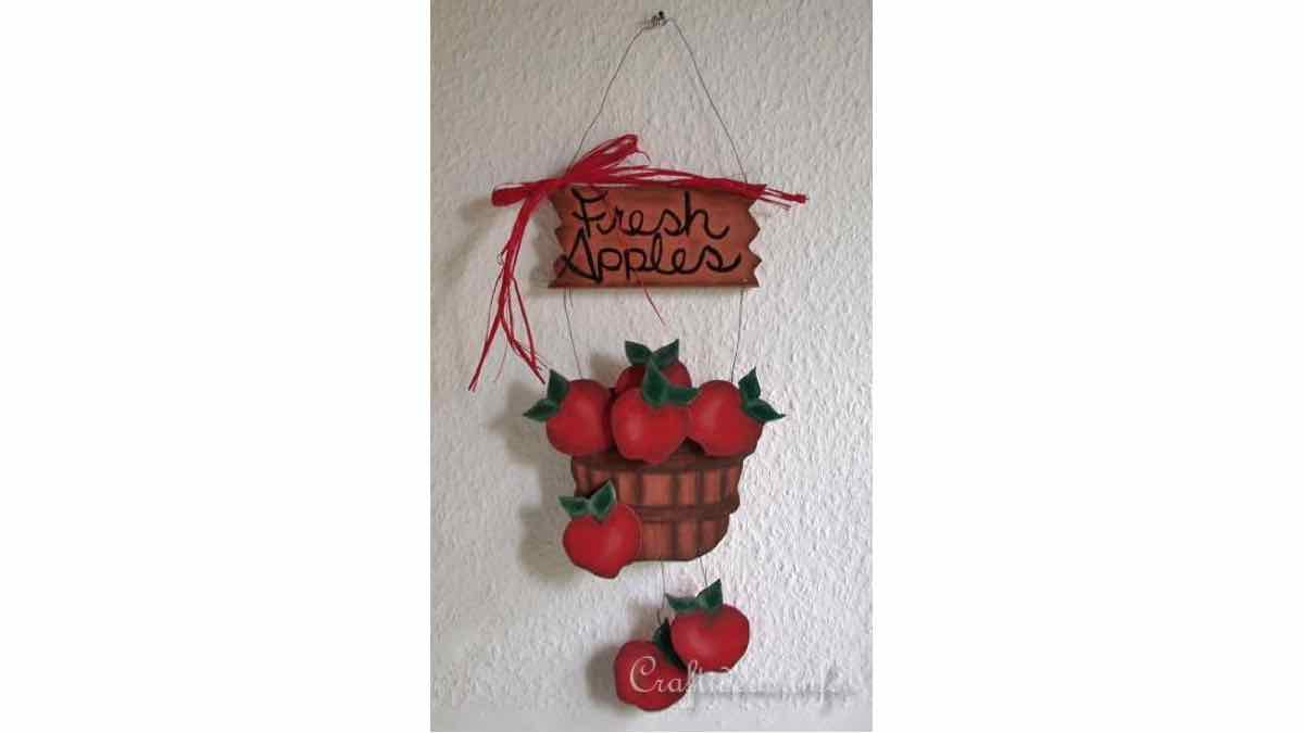 signs,apples,country,wooden,scrollsaw,DIY instructions,do it yourself,free woodworking plans,woodworkers projects,plans for how to build