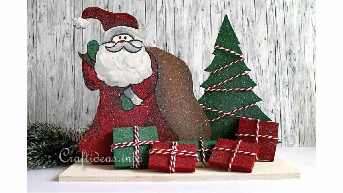 scrollsaw,christmas,santa,trees,lighted,easy,DIY instructions,do it yourself,free woodworking plans,woodworkers projects,plans for how to build