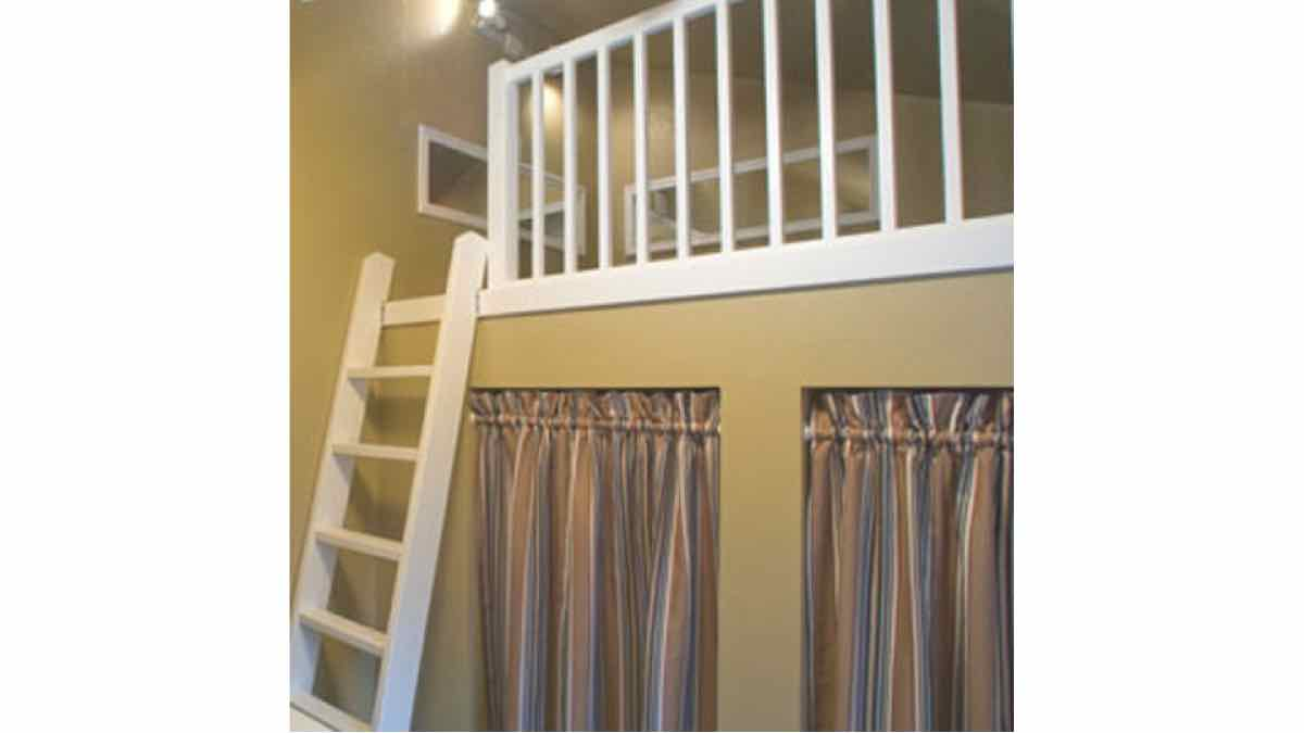 railing,guardrail,lofts,balusters,DIY instructions,free woodworking plans,do it yourself,woodworkers,how to build