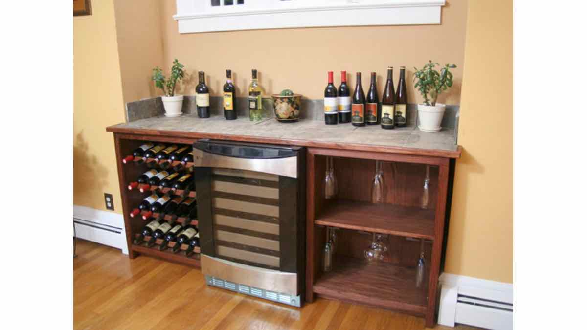 wine,racks,storage,cabinets,furniture,free woodworking plans,projects,do it yourself,woodworkers