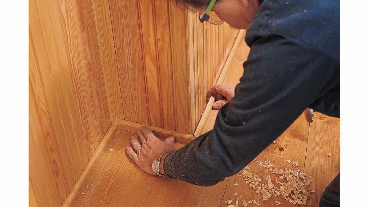 wainscoting,wainscotting,free woodworking plans,projects,beadboard,bead board,do it yourself,woodworkers