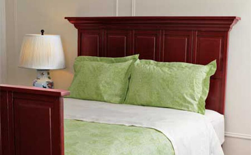 How to build a Headboard and Footboard free project.