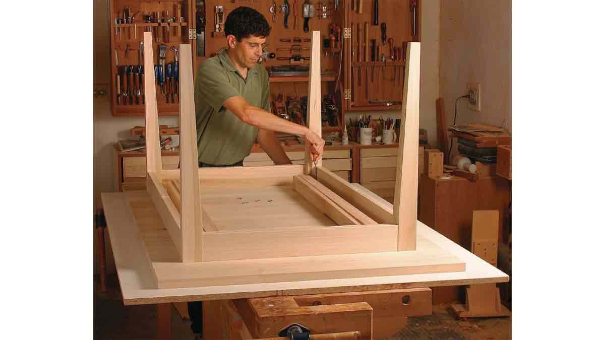 Free Plans for a Extension Dining Table PDF