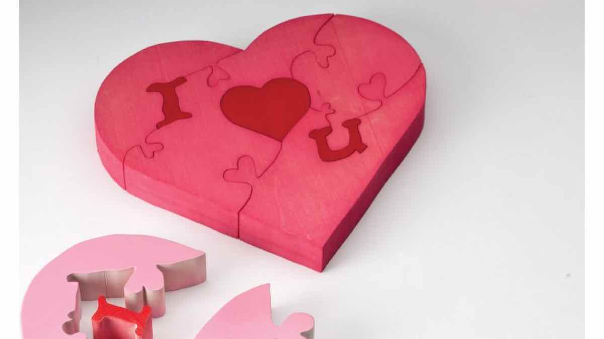 puzzles,scrollsaw,valentines day,hearts,scroll saw,free woodworking plans,projects,do it yourself,woodworkers