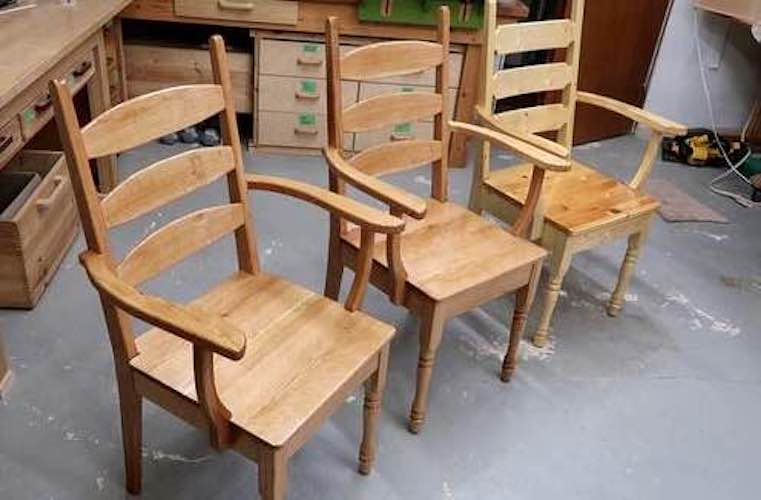 Free plans to build Kitchen Chairs.