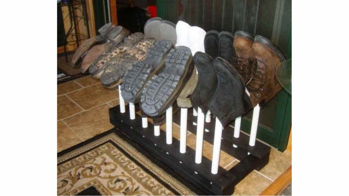 boot racks,storage,free woodworking plans,projects,do it yourself,woodworkers
