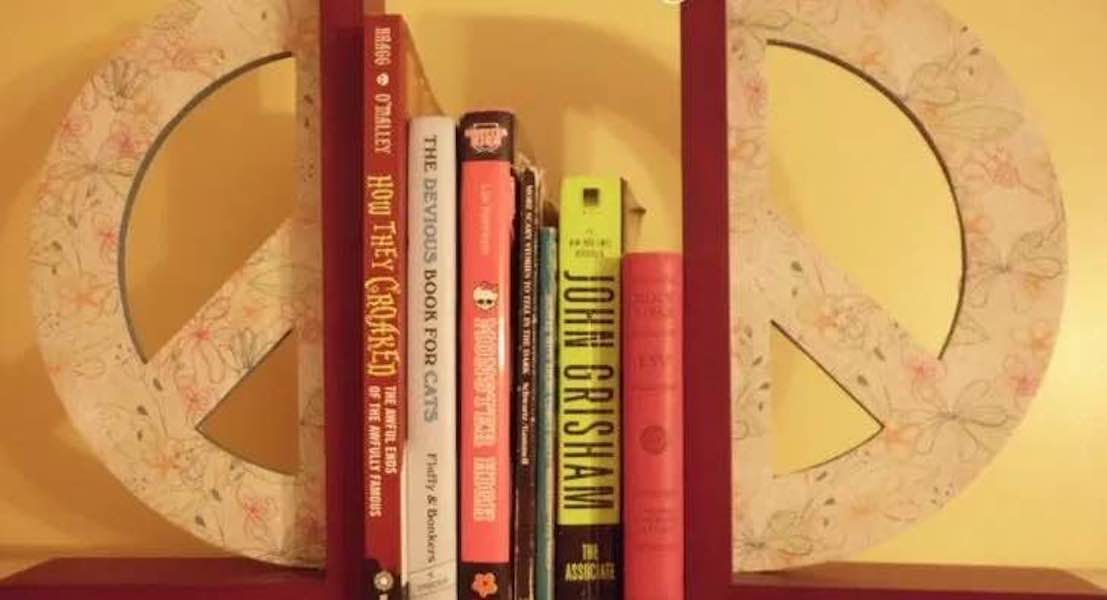 Free plans to build Peace Sign Bookends.