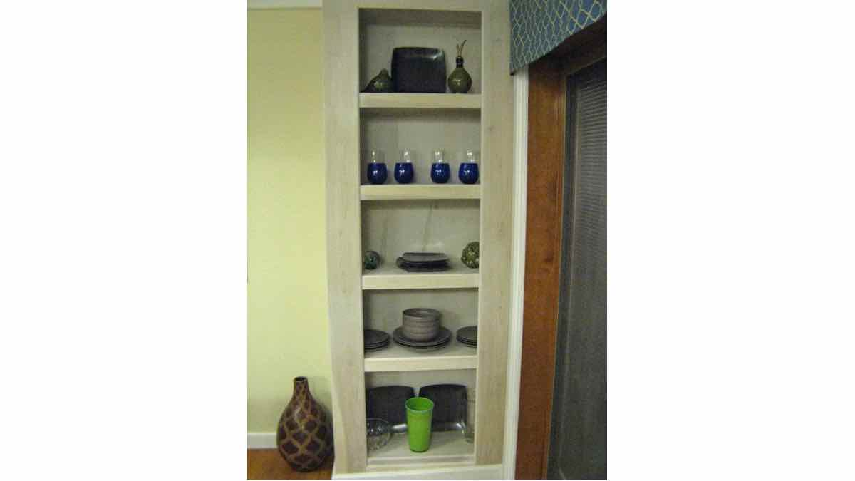 shelving,builtins,built ins,free woodworking plans,projects,diy,bookcases,bookshelves,storage