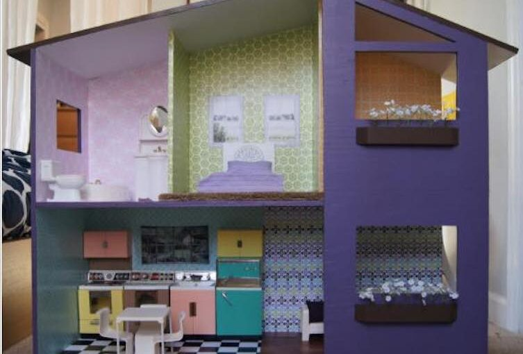 Two Story Doll House