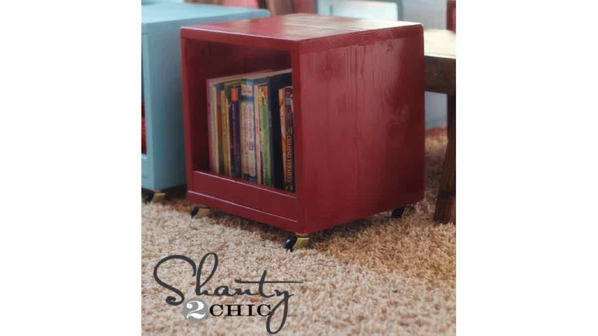stools,cubes,wooden,castors,free woodworking plans,projects,diy