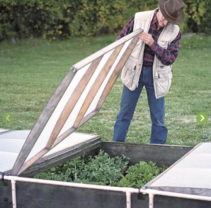 Free plans to build a Vegetable Gardener Cold Frame.
