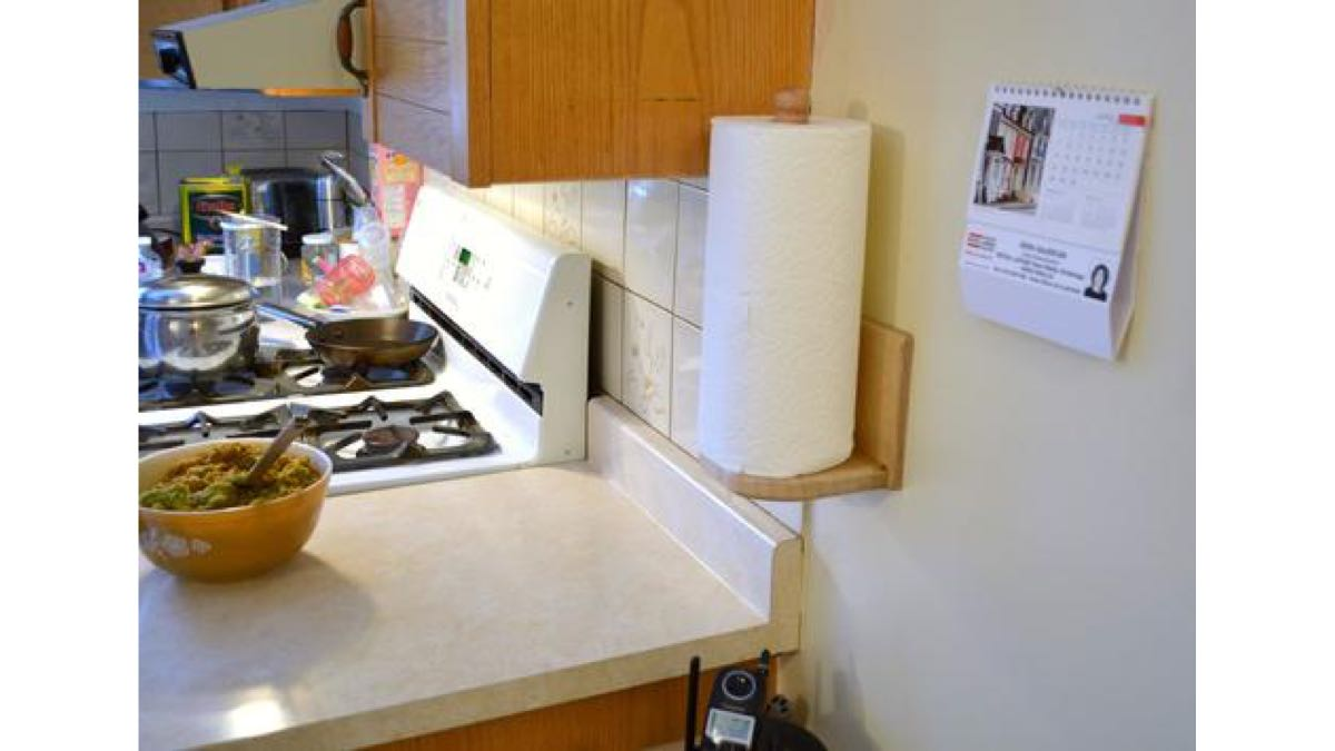paper towel holder,wall mounted,free woodworking plans,projects,kitchens,wooden,diy