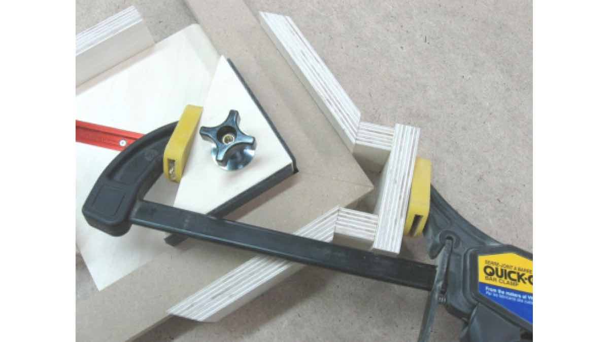 diy,free woodworking plans,free projects,do it yourself,clamps,clamping