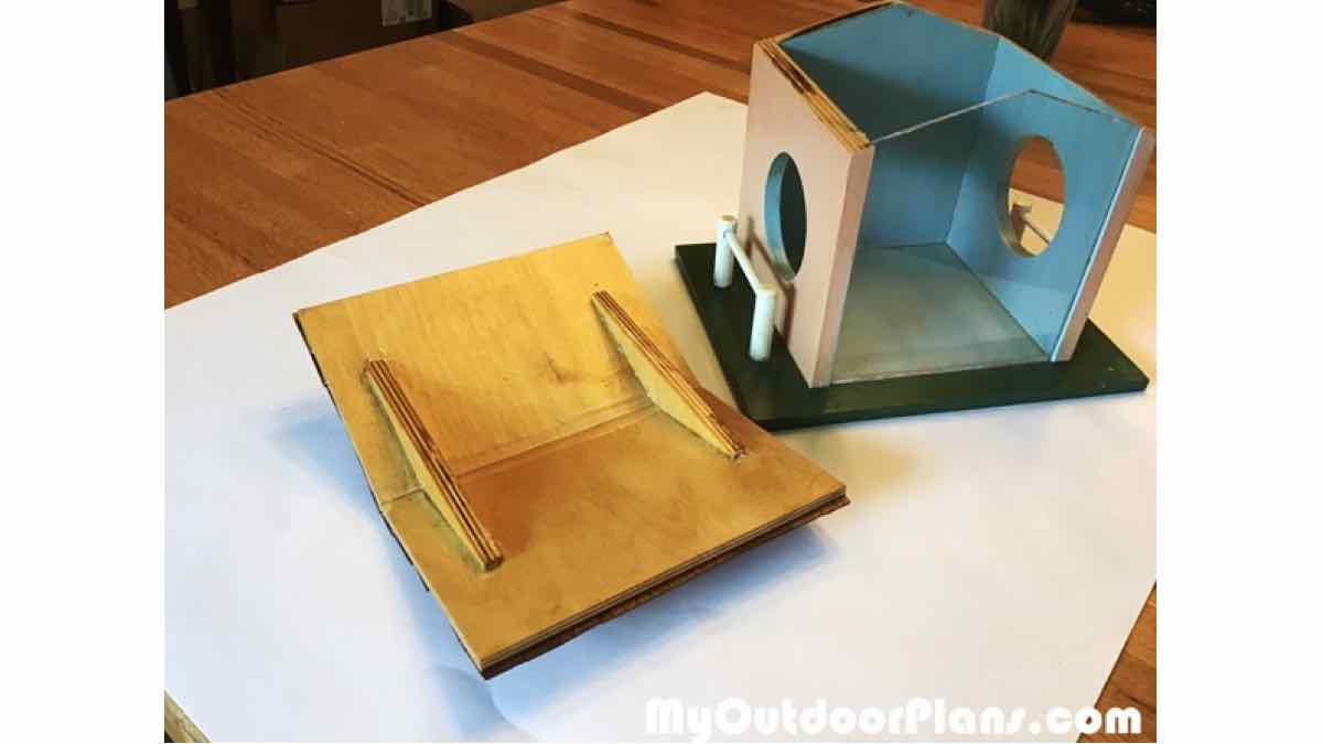 squirrel feeders,outdoors,diy,free woodworking plans,free projects,do it yourself