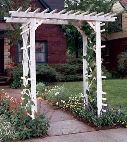 Free plans to build a Traditional Entry Arbor.
