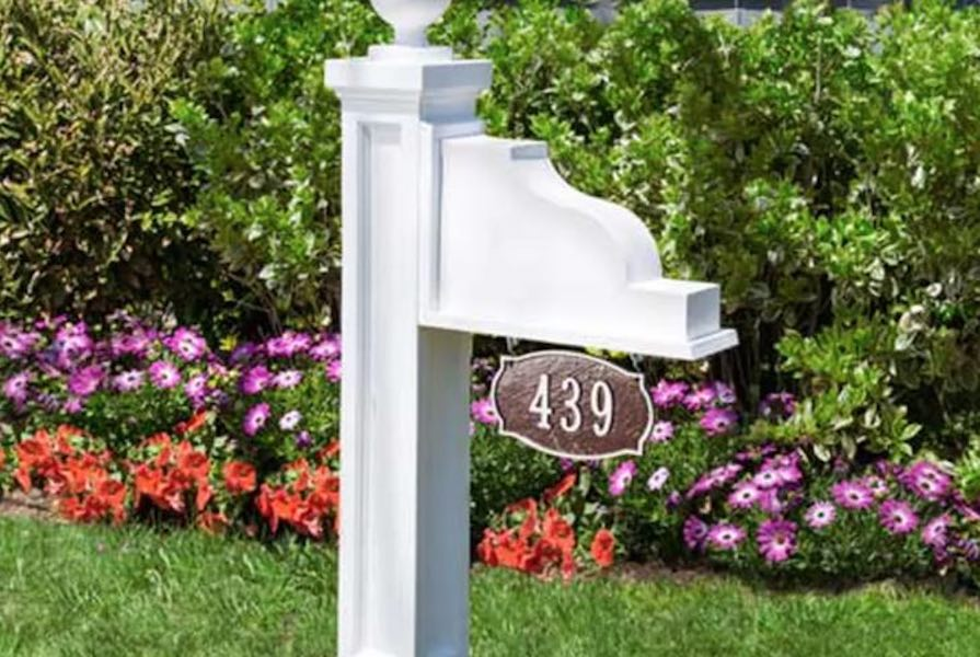Free plans to build an Address Plaque Post.