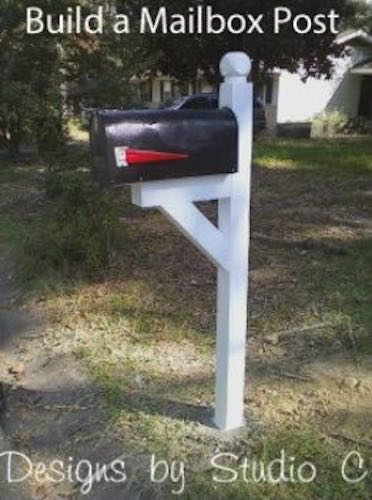 Build a Mailbox Post using free plans.