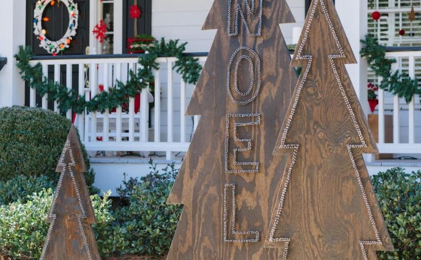 How to make Christmas Noel yard decorations.