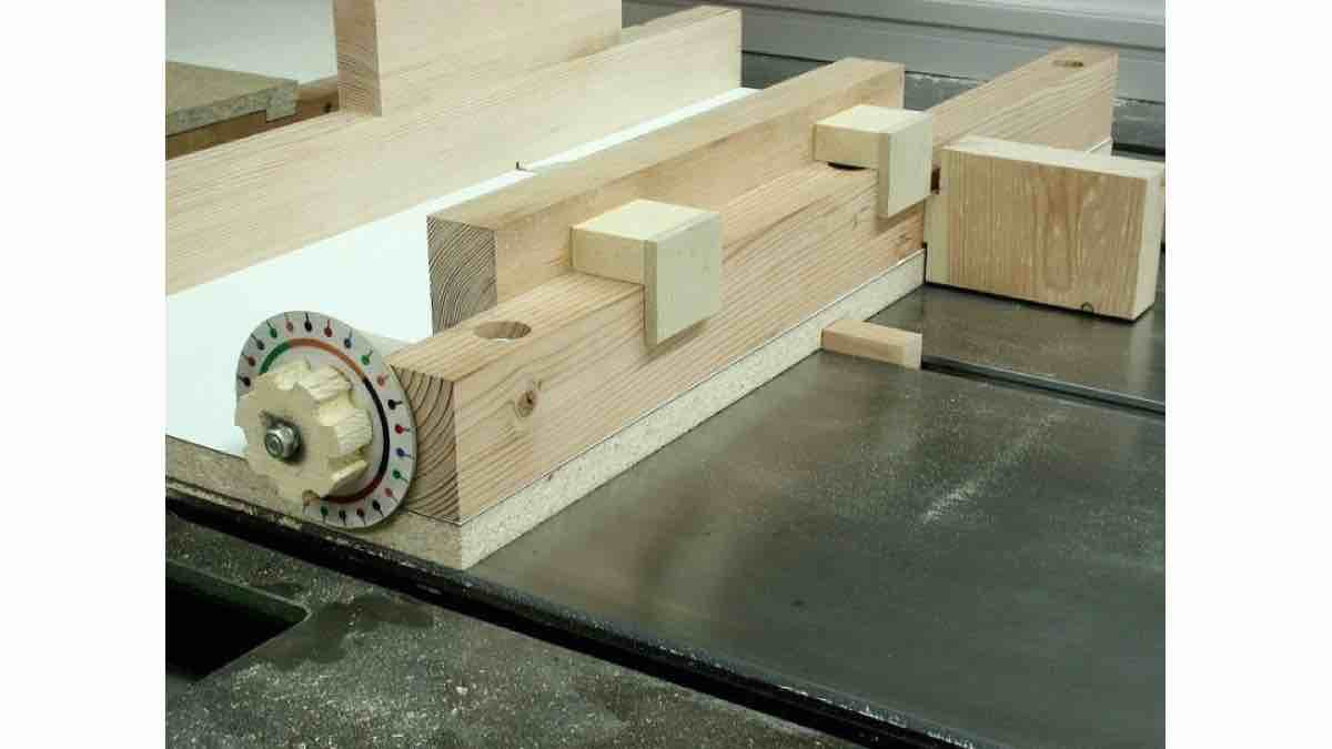 How to build a Box Joint Jig