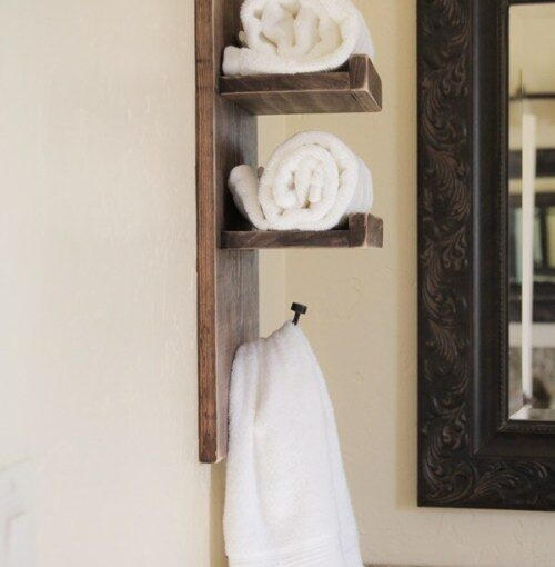DIY towel holder from these free plans.