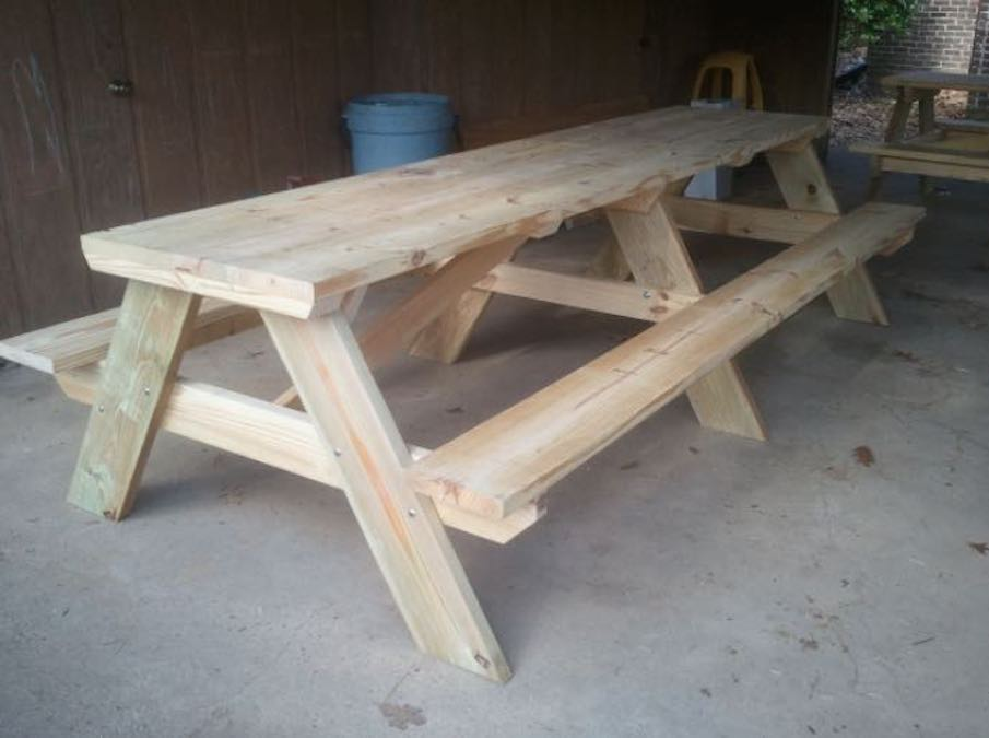 Free plans to build a 10 Foot Picnic Table.