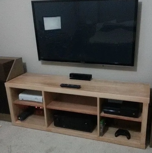 Build this Simple TV Stand using free plans.
