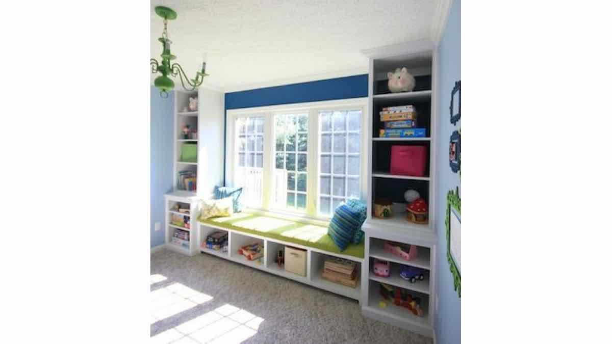 window seats,window benches,diy,free woodworking plans,free projects,do it yourself