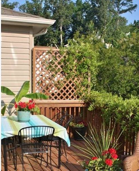 Free plans to build a Lattice Privacy Screen.