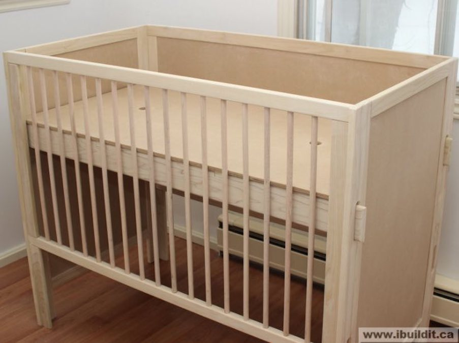 Free woodworking plans to build a Crib.