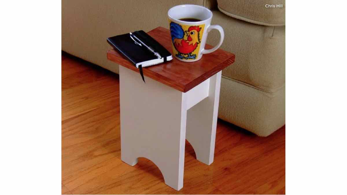 stand,wooden,diy,free woodworking plans,free projects,do it yourself