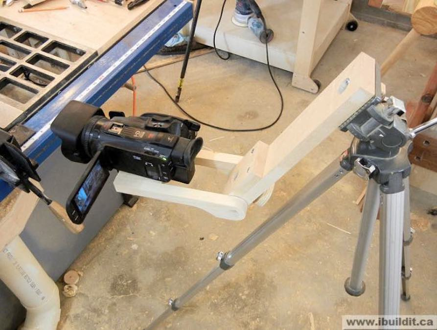 Free plans to build a Tripod Extension Arm.