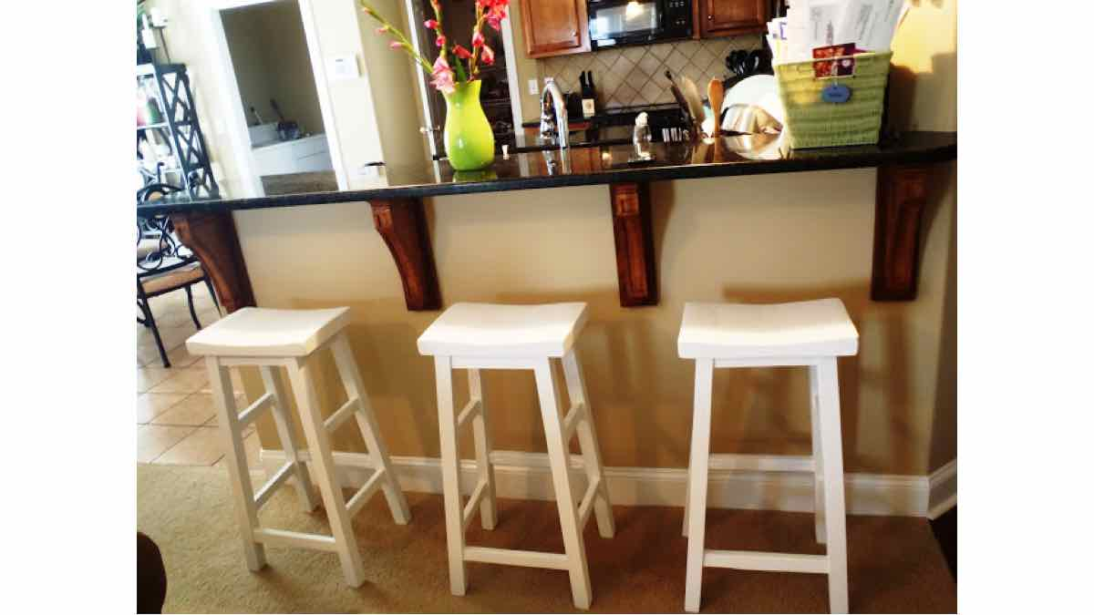 bar stools,seating,furniture,diy,free woodworking plans,free projects,do it yourself