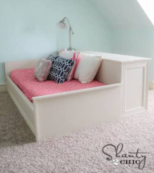 Free plans to build a Platform Bed and Dresser.