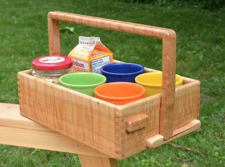 Build a Serving Caddy with Handles.
