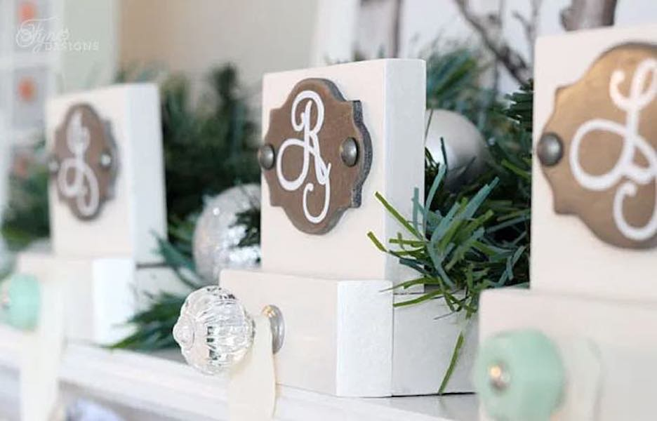 Free plans to build Personalized Stocking Holders.